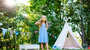 W co się bawić z dziećmi na świeżym powietrzu? 5 pomysłów